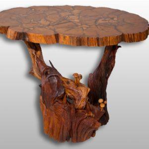 Стол на корне можжевельника