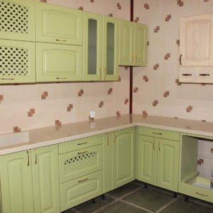 Кухонный гарнитур (зелёный)